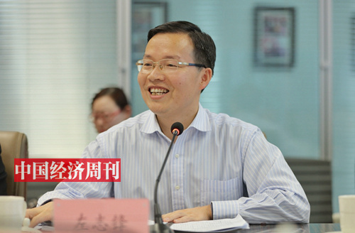 湖南省新化县委副书记、县长  左志锋 (《中国经济周刊》首席摄影记者 肖翊 摄)