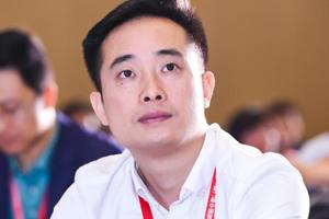 韶关比亚迪实业有限公司叉车事业部营销中心销售总监丁建忠