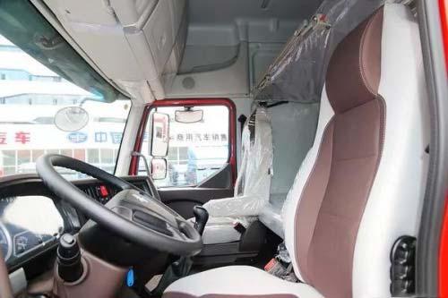 品质决定口碑,乘龙H5港口牵引车备受青睐